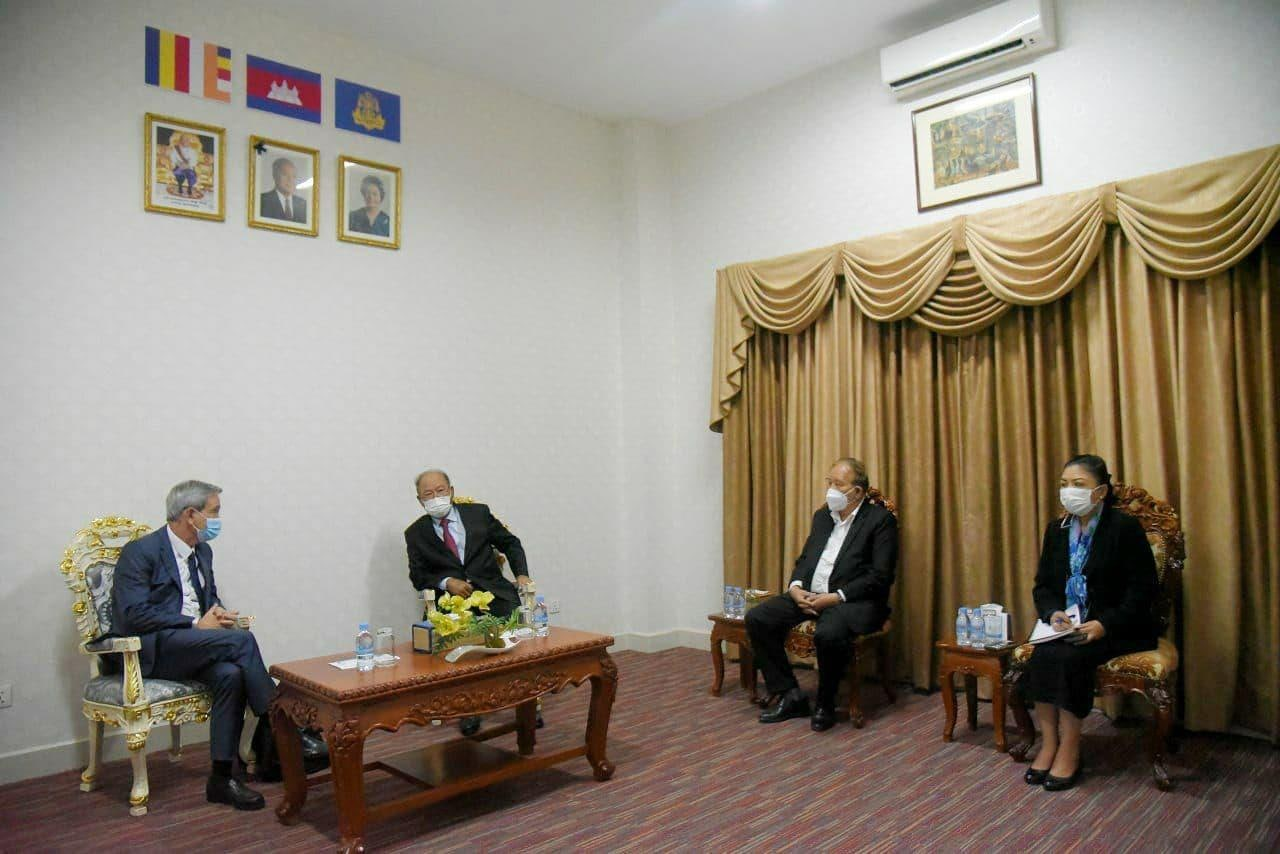 Minister of Health Meets with new Director of Pasteur Institute of Cambodia to Promote Good Cooperation